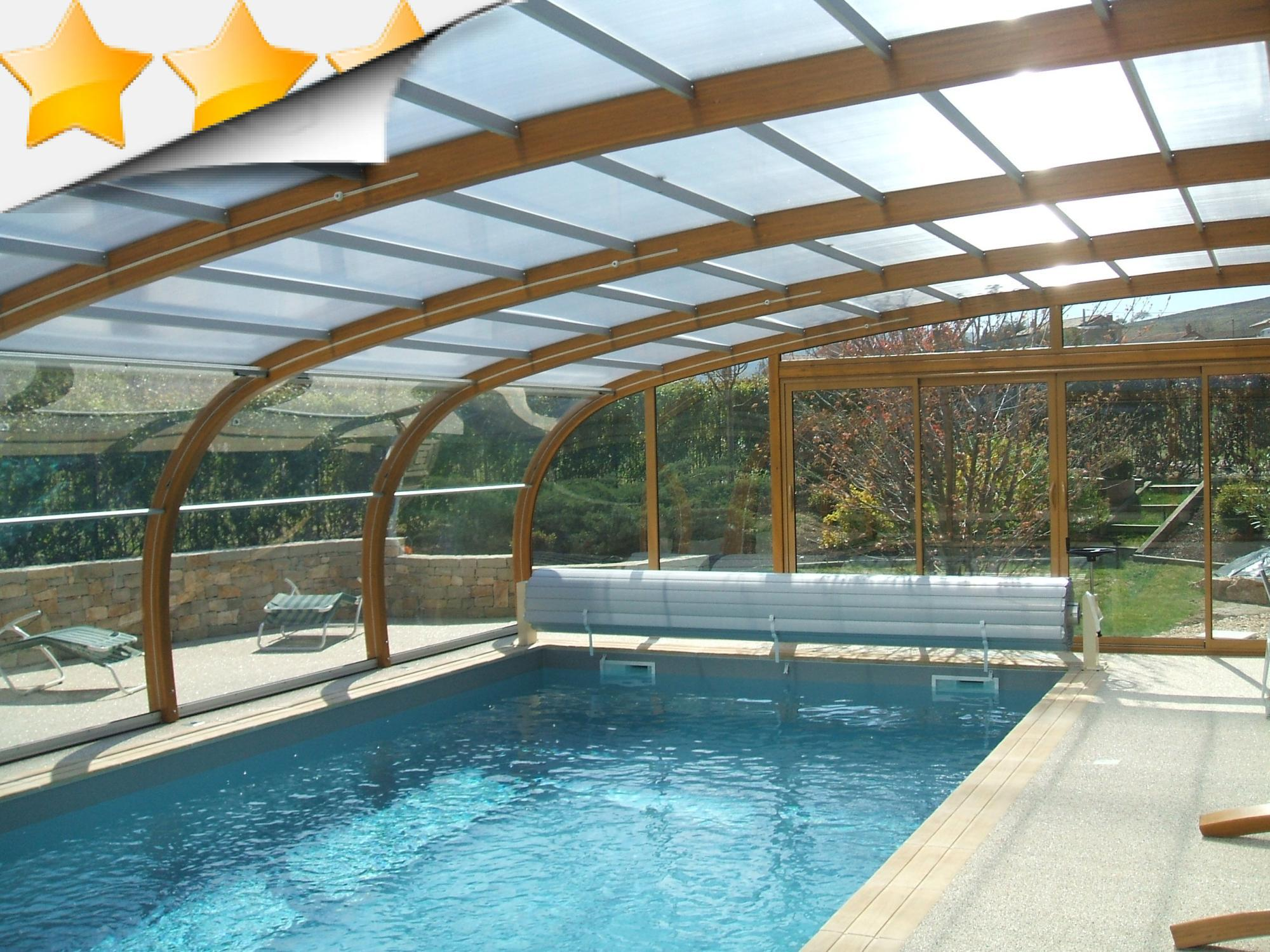Abri piscine bois 39 ambiance 39 s curit par lpc for Construction piscine 76