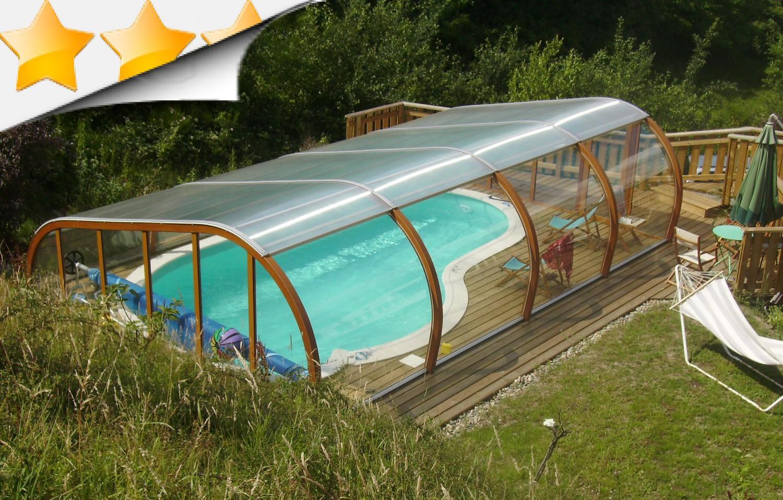 S curit piscine loire 42 par lpc for Abri piscine usine