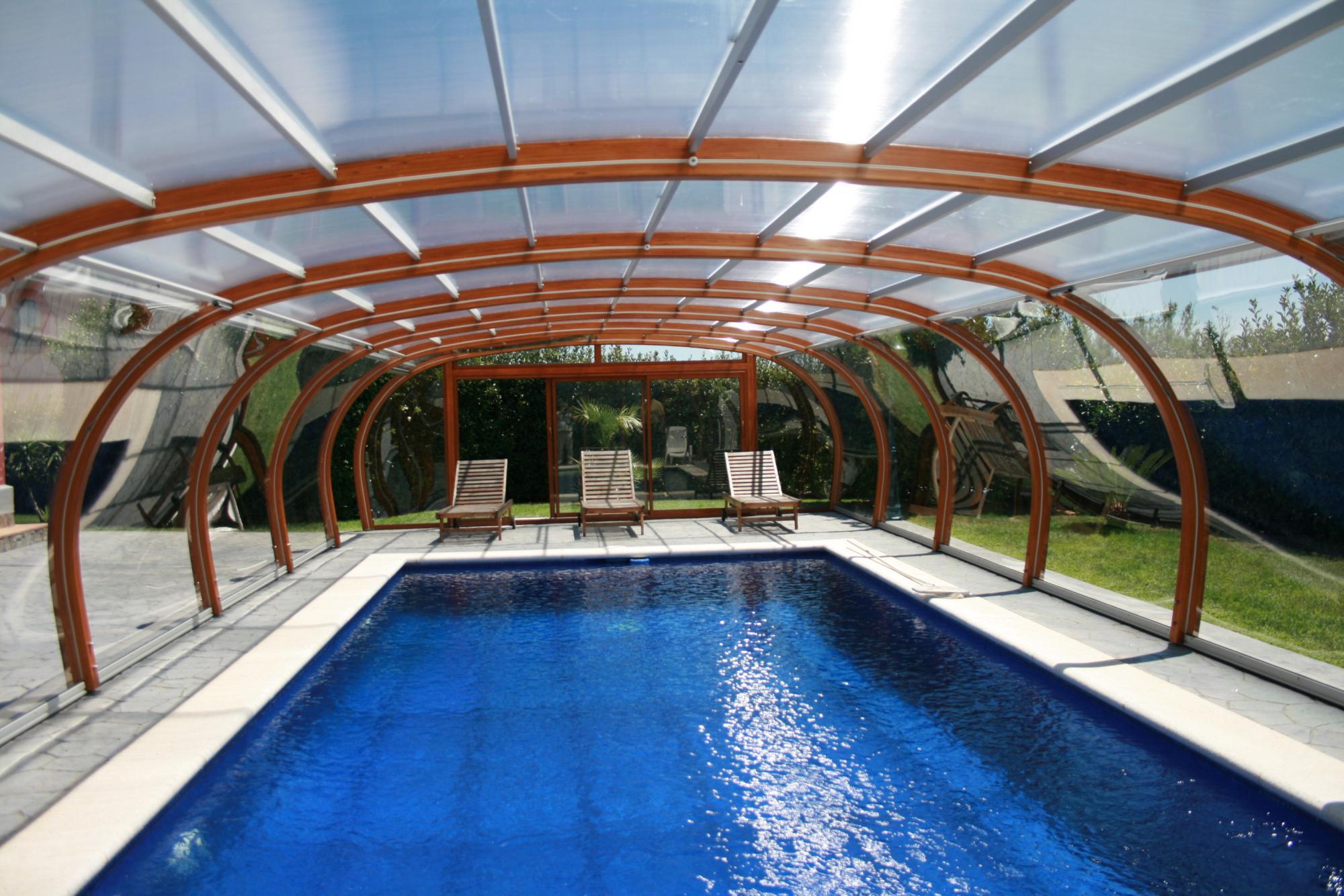abri piscine bois 39 prestance 39 s curit par lpc. Black Bedroom Furniture Sets. Home Design Ideas